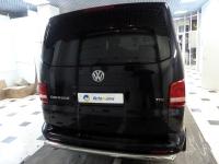 Установка мультимедийного центра Navipilot Droid, парковочной камеры, дополнительного иммобилайзера и электромеханического замка капота на автомобиль VW Caravelle