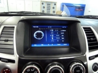 Установка мультимедийного центра RedPower на автомобиль Mitsubishi Pajero Sport II