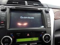 Установка мультимедийного центра RedPower и парковочной камеры SKY на автомобиль Toyota Camry