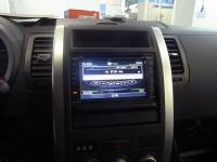 Установка мультимедийного центра RedPower и парковочной камеры RedPower на автомобиль Nissan X-Trail