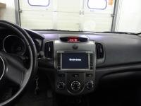 Установка мультимедийного центра NaviPilot на автомобиль Kia Cerato