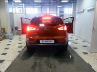 Установка штатного головного устройства на android, замена задних фонарей BMW F10-style на автомобиле Kia Sportage 3 SL