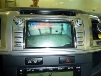 Установка мультимедийной системы NaviPilot для автомобиля Toyota Hilux и замена штатной камеры на парковочную камеру Sky