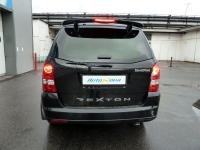 Установка штатной мультимедийной сиcтемы (штатного головного устройства) NaviPilot и камеры заднего вида (парковочной камеры) SKY на автомобиль SsangYong Rexton
