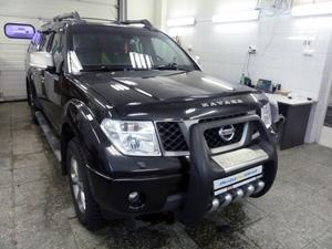 Установка парковочной камеры и мультимедийного центра RedPower на автомобиль Nissan Navara