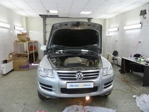 Установка электрического подогревателя Defa на автомобиль Volkswagen Touareg