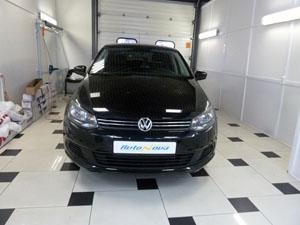 Установка сигнализации Pandora 3210 и 4-х датчикового парктроника ParkMaster на автомобиль VW Polo