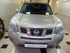 Установка автономного подогревателя, мини-таймера и GSM-модуля SOBR на автомобиль Nissan X-Trail