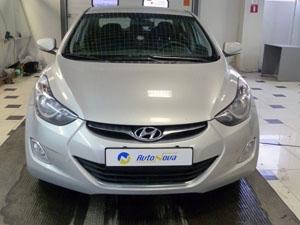 Установка мультимедийного центра Redpower на автомобиль Hyundai Elantra 11-